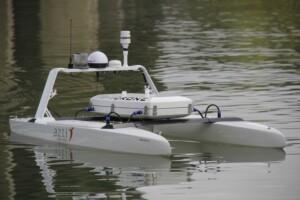 Azti y la pyme Branka Composites fabrican un dron marino propulsado por energías renovables para impulsar la investigación en el mar