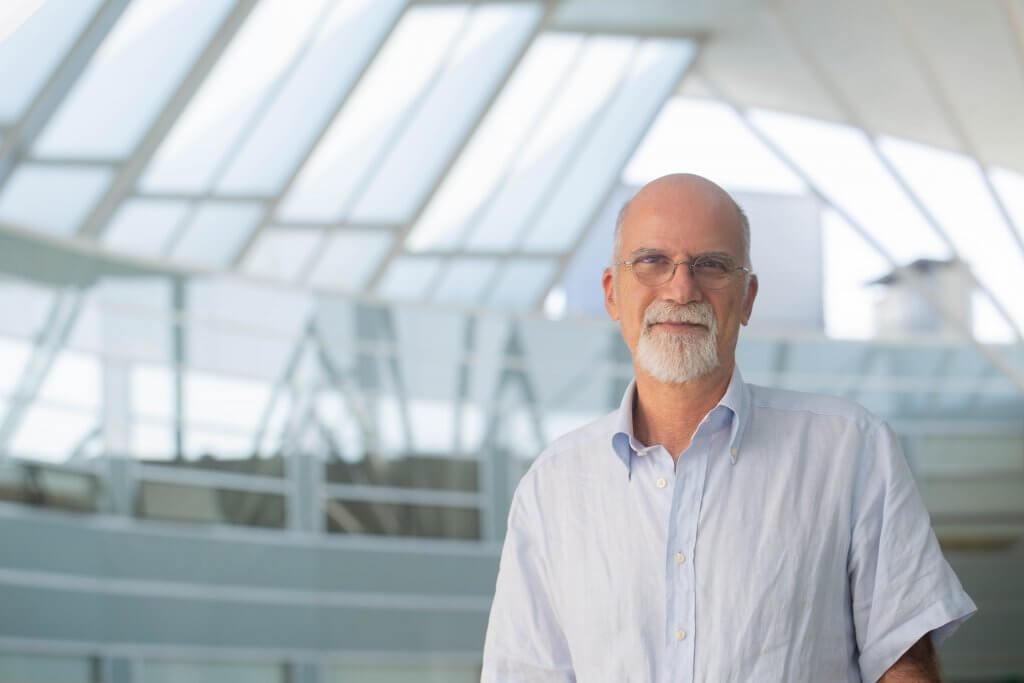 Maurizio Prato, líder del grupo de Bionanotecnología del Carbono de CIC biomaGUNE, profesor Ikerbasque y AXA Chair