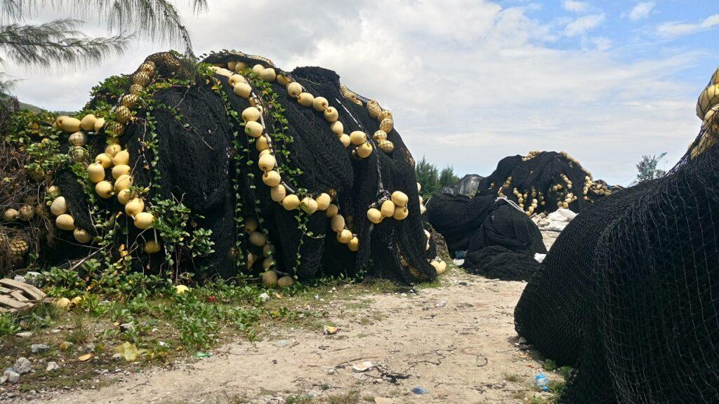 Saretu recicla redes atuneras desechadas en el puerto