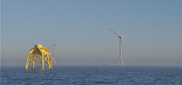 Las turbinas tienen 5 megavatios de potencia y han sido fabricadas por la empresa Adwen, del Grupo Gamesa